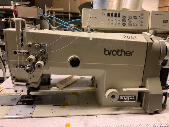 Brother B872-403 twin needle lockstitch with trimmer